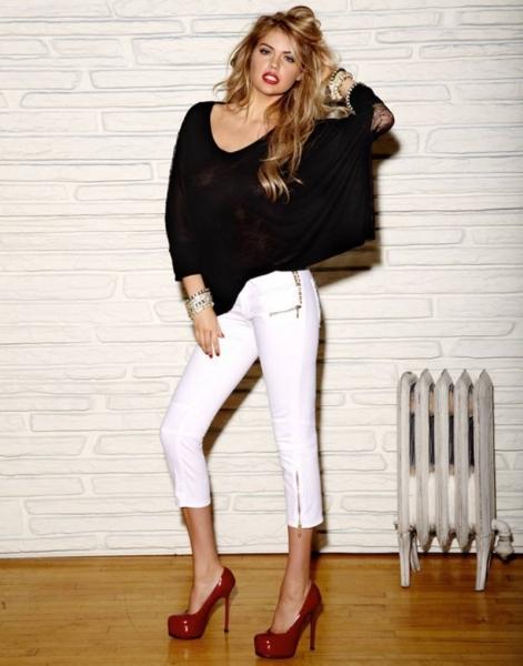 З чим носити жіночі білі штани повним і струнким жінкам df0b5be80c301