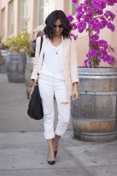 З чим носити білі джинси жіночі або чоловічі bbd8df2fcd816