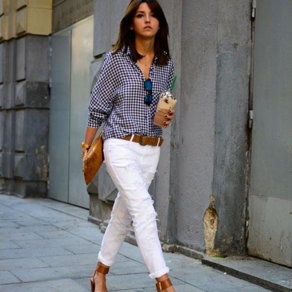 Для дівчат невисокого зросту неприйнятним варіантом стануть укорочені  джинси бойфренди 63cfddbc66d13